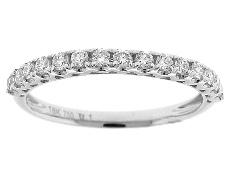 Single Row Wedding / Anniversary Band with Scallop Design Between Diamonds in 18k White Gold